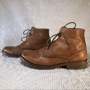 Levi's Mens Ultra soft leather mid ankle boot